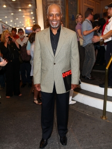 James Pickens Jr. attends 'Grey's' co-star Chandra Wilson's debut in 'Chicago' on Broadway on June 8, 2009 in New York City