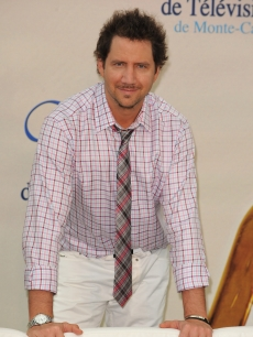 Jamie Kennedy strikes a pose at a photocall for 'Ghost Whisperer' during the 2009 Monte Carlo Television Festival on June 9, 2009 in Monte-Carlo