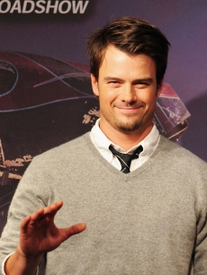 'Transformers' hunk, Josh Duhamel attends the 'Transformers: Revenge of the Fallen' press conference on June 9, 2009 in Tokyo
