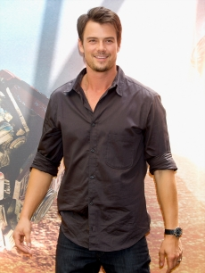 Josh Duhamel attends 'Transformers: Revenge Of The Fallen' photocall at Villa Magna Hotel on June 12, 2009 in Madrid