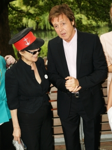 Yoko Ono and Paul McCartney attend the Meat Free Monday launch held at Inn the Park, St James' Park, on June 15 2009 in London