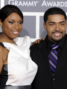Jennifer Hudson and David Otunga arrive to the 2009 Grammy Awards