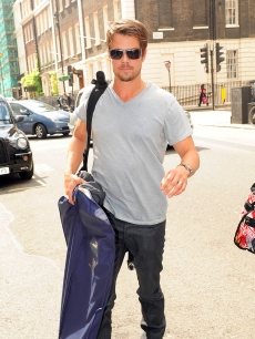 Josh Duhamel hits the streets on June 15, 2009 in London