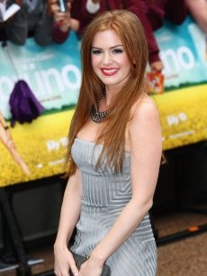 Actress Isla Fisher looks stunning in silver at the 'Bruno' London premiere on June 17, 2009