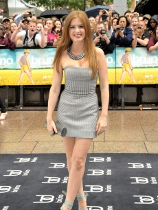 Isla Fisher arrives at the UK Film Premiere of 'Bruno' at the Empire Leicester Square on June 17, 2009 in London, England.