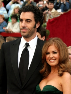 Sacha Baron Cohen and Isla Fisher attend the 79th Annual Academy Awards on February 25, 2007 in Hollywood