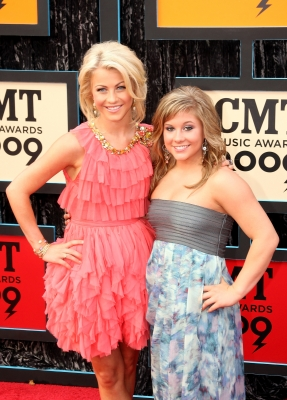 Julianne Hough and Shawn Johnson attend the 2009 CMT Music Awards at the Sommet Center on June 16, 2009 in Nashville, Tennessee