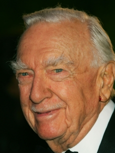 Walter Cronkite arrives at the Vanity Fair Oscar Party at Mortons in West Hollywood on February 25, 2007