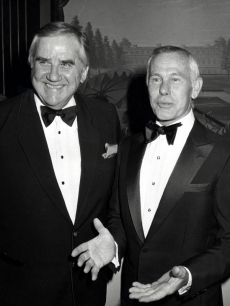&#8216;The Tonight Show&#8217; counterparts Ed McMahon and Johnny Carson share a smile at a February 1982 gala