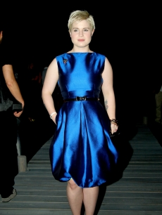 Kelly Osbourne shines in blue at the Dsquared2 show as part of Milan Menswear Fashion Week Spring/Summer 2010 on June 23, 2009
