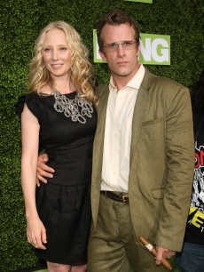 Anne Heche and Thomas Jane are all smiles at the HBO premiere of 'Hung' in Los Angeles on June 24, 2009