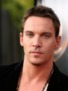 Jonathan Rhys Meyers arrives at the premiere of Dreamworks Pictures' 'The Soloist' held at the Paramount Studios Theater on April 20, 2009 in Los Angeles