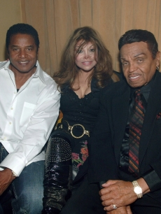 Jackie Jackson, LaToya Jackson and Joe Jackson celebrate in Las Vegas, May 30, 2008