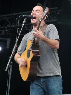 Dave Matthews performs on the third day of the Hard Rock Calling Festival held in Hyde Park in London, England, on June 28, 2009
