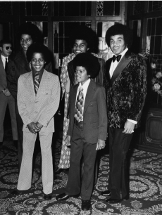 Michael Jackson, Jackie Jackson, Jermaine Jackson, Tito Jackson, and Joe Jackson attend the 1971 Image Awards on November 1