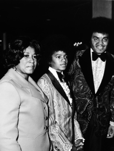 Michael Jackson with his mom Katherine Jackson and father Joe Jackson on January 1, 1973 at the Golden Globes