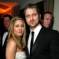 Jennifer Aniston and Gerard Butler attend the 2009 Vanity Fair Oscar Party