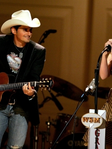 Brad Paisley and Alison Krauss perform during a taping of the &#8216;Grand Ole Opry&#8217; at Carnegie Hall November 14, 2005 in New York City