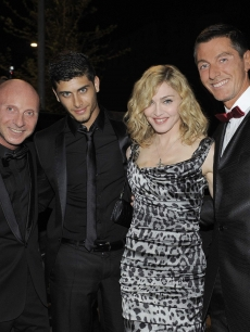 Madonna, Jesus Luz  and Stefano Gabbana in Milan on July 14, 2009