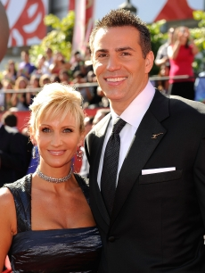 Former NFL player Kurt Warner and wife Brenda arrive to the 2009 ESPY Awards in LA on July 15, 2009