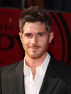 'Brothers and Sisters' star Dave Annable looks handsome during the 2009 ESPY Awards in LA on July 15, 2009