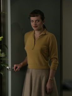 Peggy heads into the office on &#8216;Mad Men&#8217;