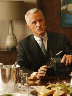Roger Sterling indugles is one of his many vices on &#8216;Mad Men&#8217;