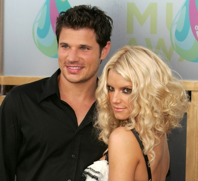 Nick Lachey and Jessica Simpson at the 2005 MTV Video Music Awards in Miami
