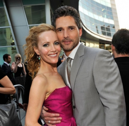 Leslie Mann and Eric Bana arrive on the red carpet of the Los Angeles premiere of 'Funny People' held at the ArcLight Hollywood on July 20, 2009 in Hollywood