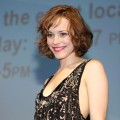 Rachel McAdams is all smiles at the 'Sherlock Holmes' panel at Comic-Con 2009