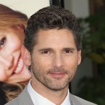Eric Bana smiles at the Los Angeles premiere of 'Funny People' on July 20, 2009