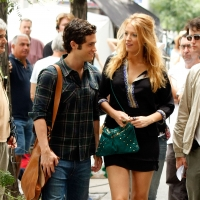 Real life 'Gossip' couple Penn Badgley and Blake Lively stay close while filming on location for 'Gossip Girl' in New York City on July 27, 2009
