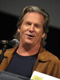 Jeff Bridges speaks during the Comic-Con 2009 'TRON' press conference in San Diego on July 23, 2009